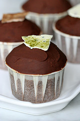 Drak truffle cupcake